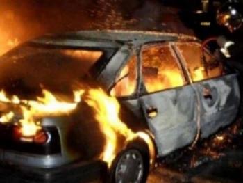 В Ртищеве ночью на улице сгорел автомобиль