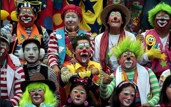 Цирк уехал, прокурор и клоуны остались