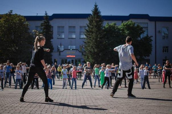 На День города в Ртищеве работала танцевальная площадка Dance Life