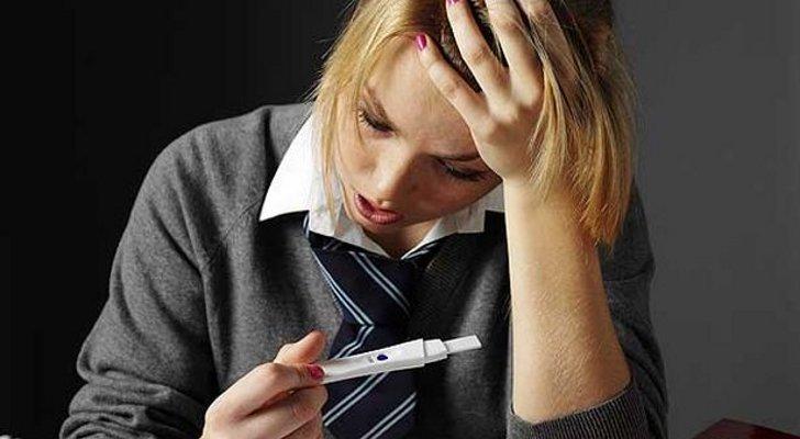 В Ртищевской ЦРБ женщина просила сделать ее 14-летней дочери аборт
