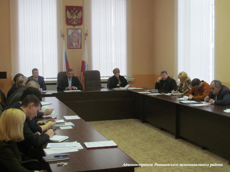 В администрации обсудили работу предприятий ЖКХ