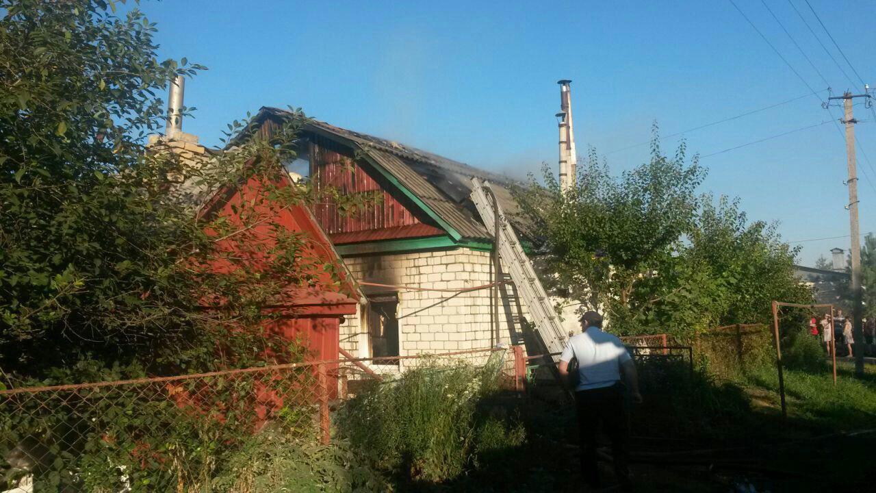 Сегодня утром на пожаре на ул. Севастопольской погибла женщина и двое детей
