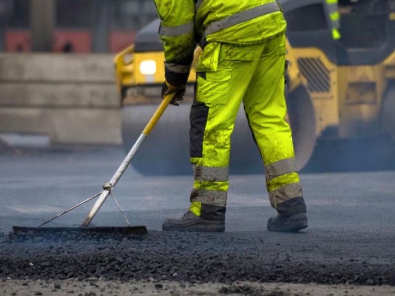 Ртищевский и Самойловский районы стали лидерами по ремонту дорог в области
