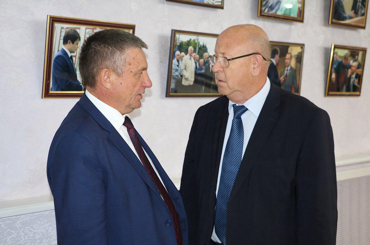 Александр Санинский возглавил комитет в областной думе