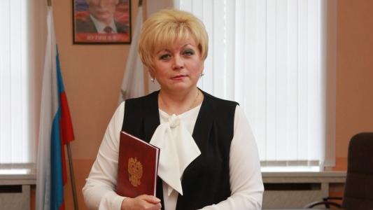 Светлану Макогон единогласно выбрали главой Ртищевского района