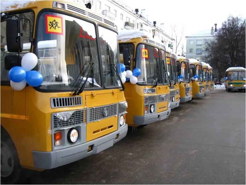 Ртищевская школа получила новый автобус
