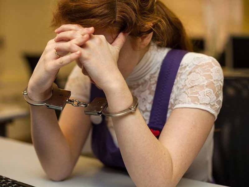 В Аткарске женщина зарезала сожителя