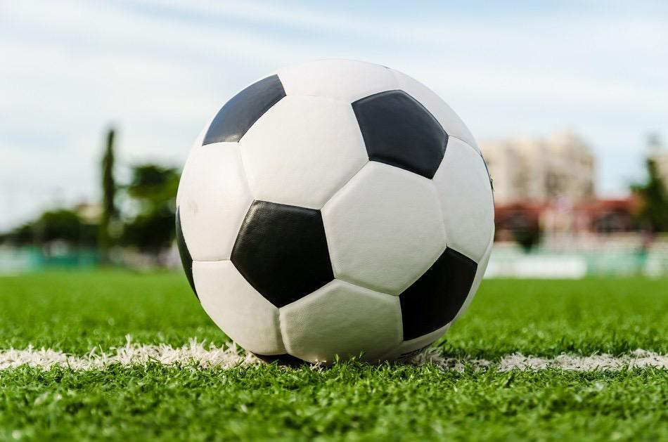 Мяч с автографом губернатора ртищевские спортсмены сделают сувениром