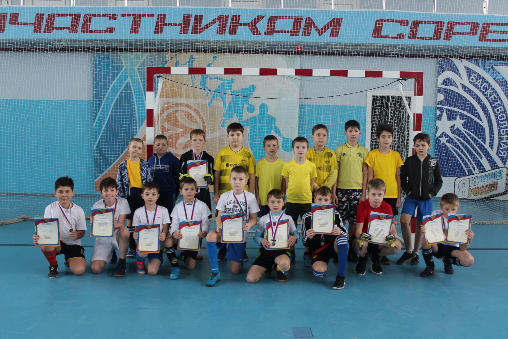 Ртищевские спортсмены приняли участие в областном турнире по мини-футболу