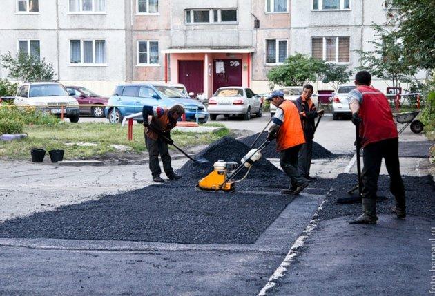 В области планируют отремонтировать более 260 дворов