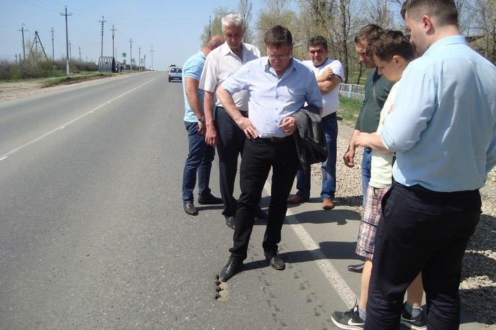 Чиновник пообещал отремонтировать трассу Ртищево-Саратов к 15 мая