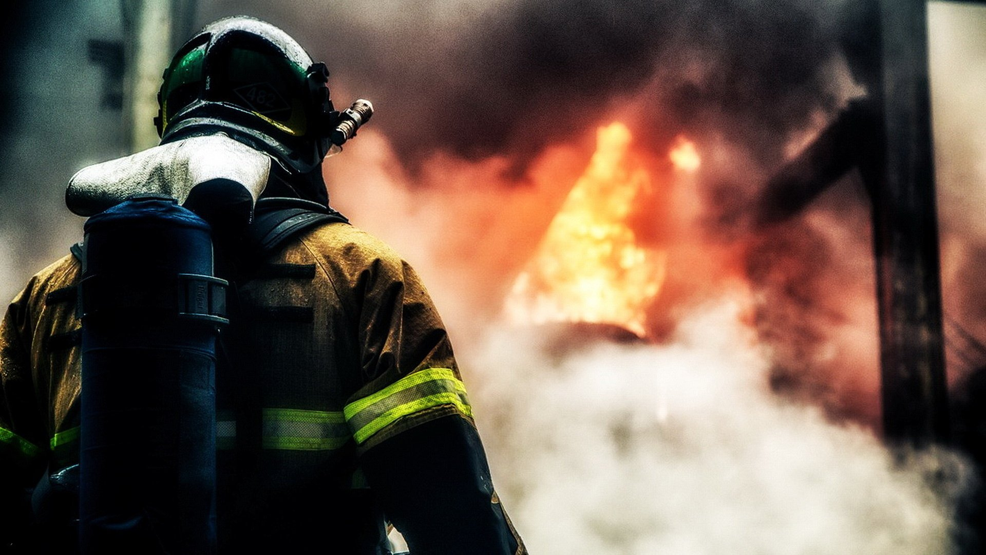 В Малиновке сгорел деревянный дом