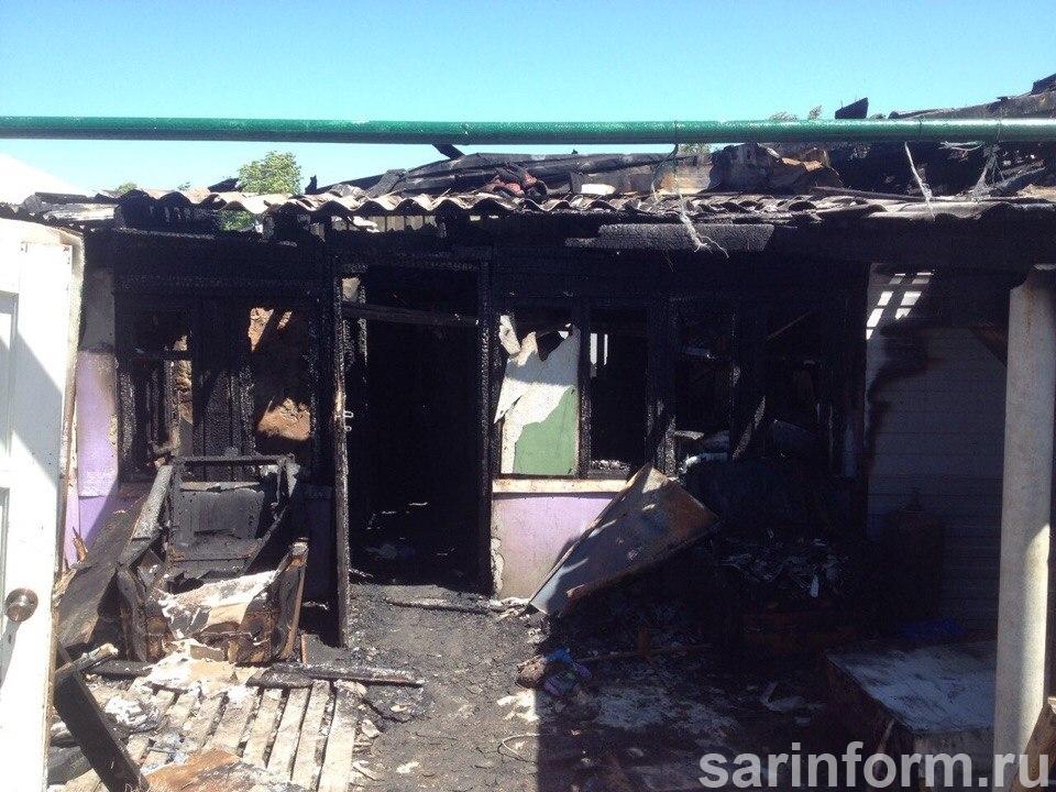 В Ртищево на пожаре погибло трое детей. Видео