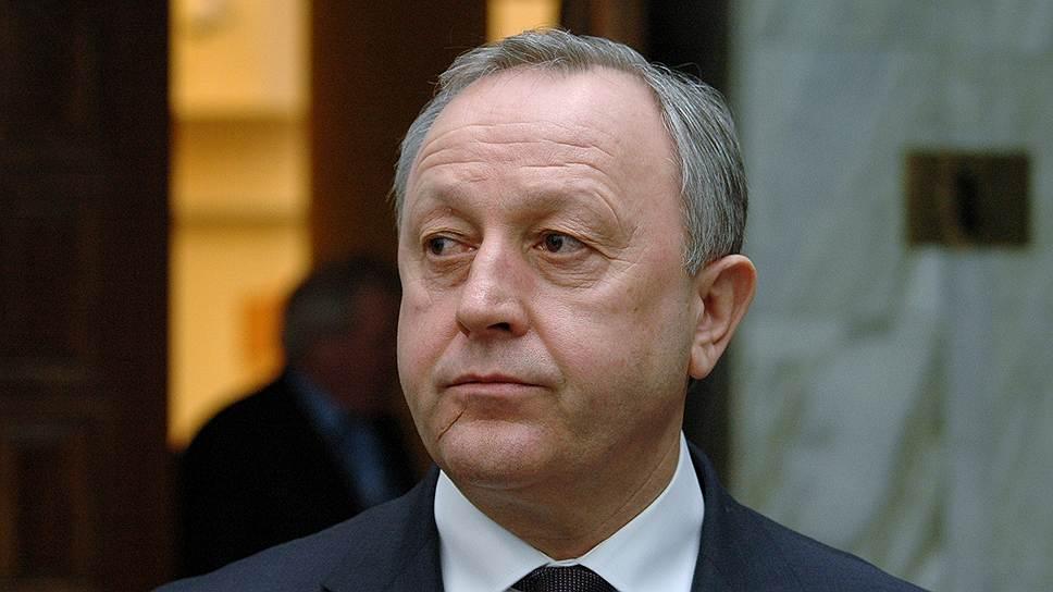 Валерий Радаев поручил разобраться в гибели троих детей на пожаре