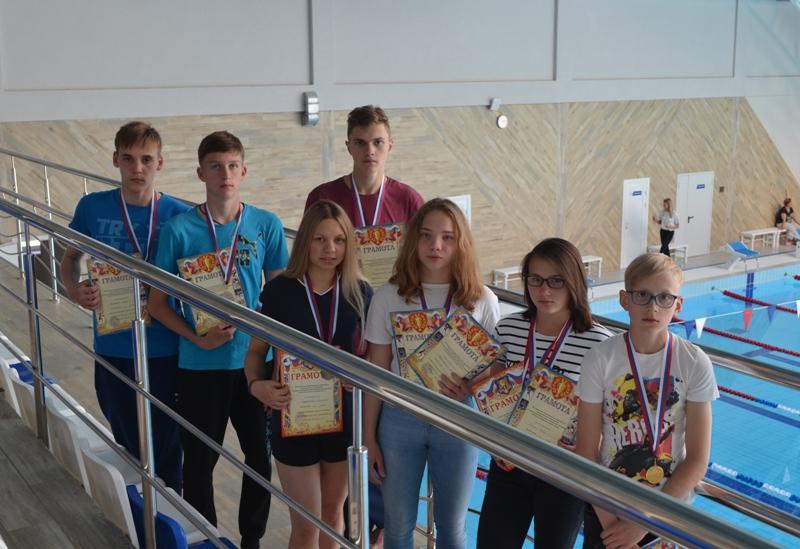 Ртищевские пловцы в Заречном завоевали 9 призовых мест