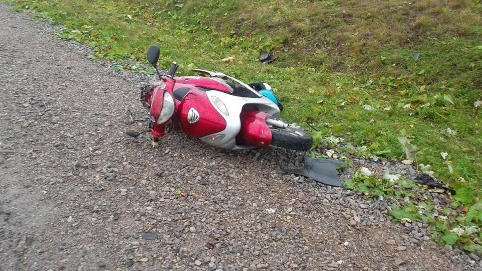В Ртищевском районе водитель иномарки сбил пожилого мопедиста