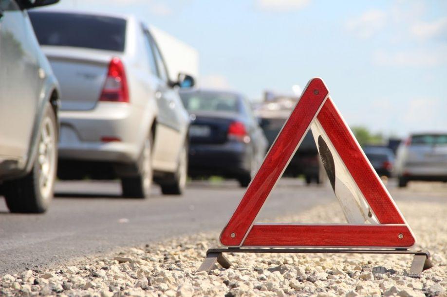 Две автоледи не поделили перекресток в Ртищево