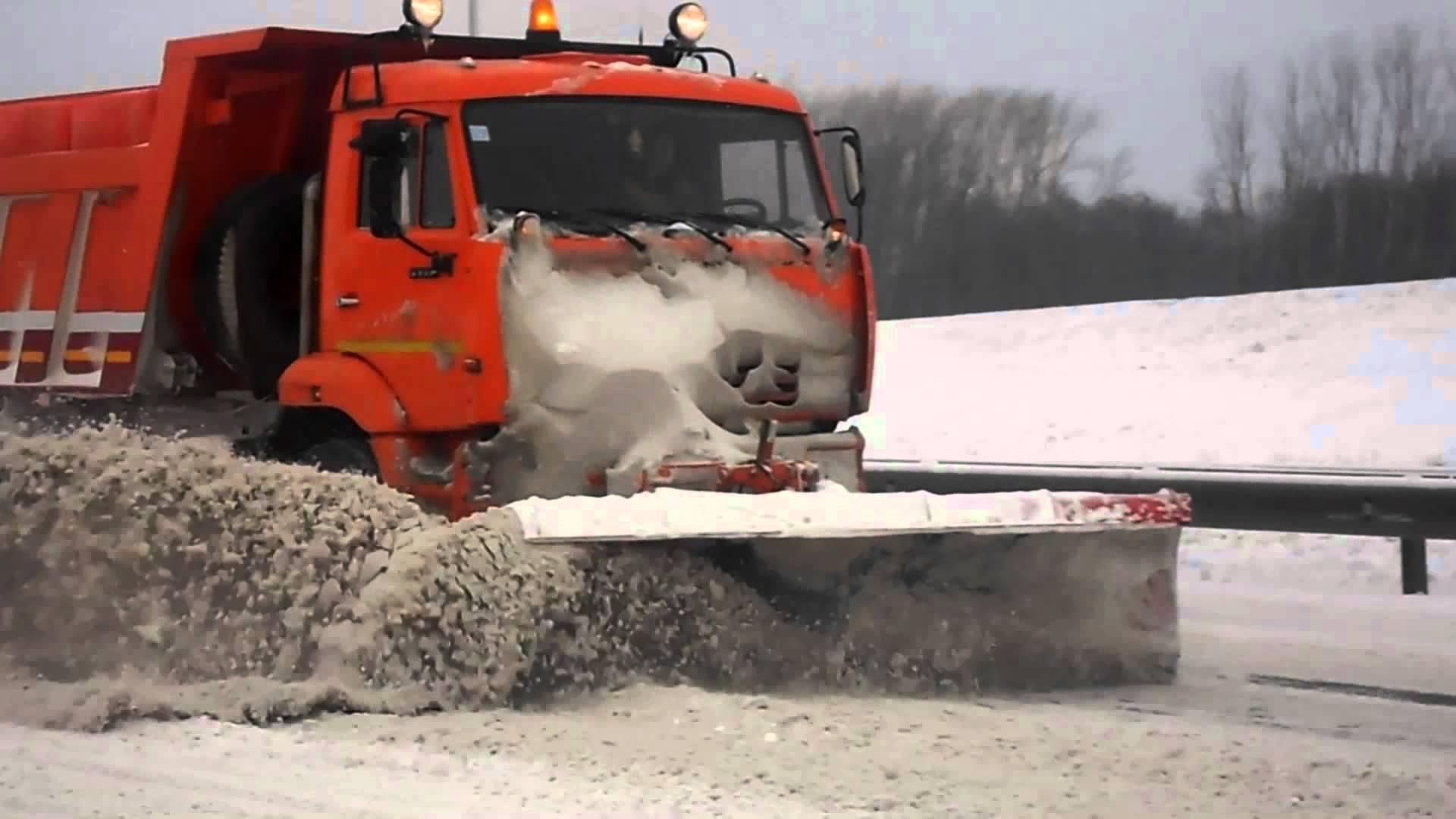 Администрация ищет снегоуборочную компанию