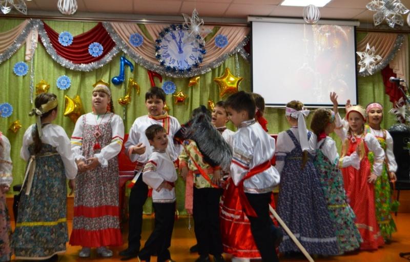"""В """"Детской школе искусств им. В. В. Толкуновой"""" состоялся праздничный концерт"""
