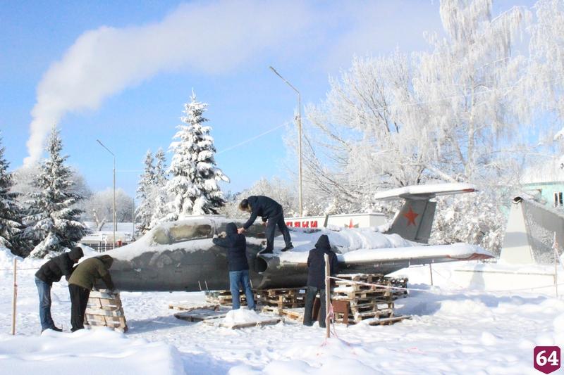 Рухнувший от снега самолет восстановили