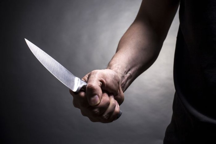 За удар ножом мужчину приговорили к исправительным работам