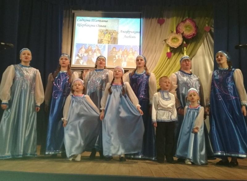 """Состоялся первый фестиваль """"Поющая семья"""""""