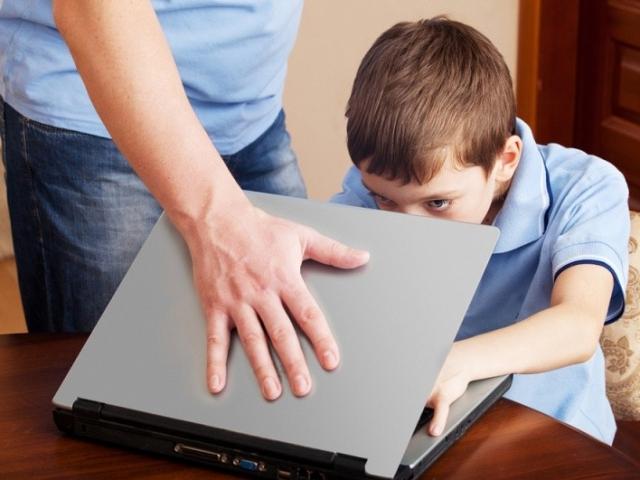 В кафе дети не были защищены от негативной информации