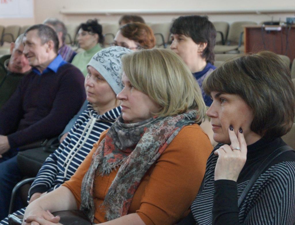 Глава Ртищевского района встретилась с жителями Урусовского МО