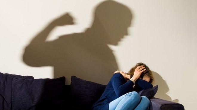 После избиения молодая женщина впала в кому