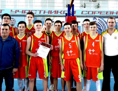 Ртищевские баскетболисты одержали победу в Первенстве области