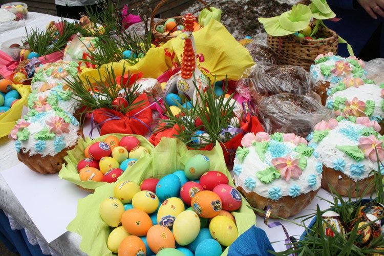 Жителей Ртищева приглашают принять участия в мероприятиях к празднику Пасхи