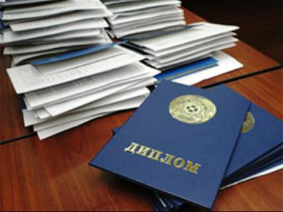 Больше половины соискателей Саратовской области имеют высшее образование