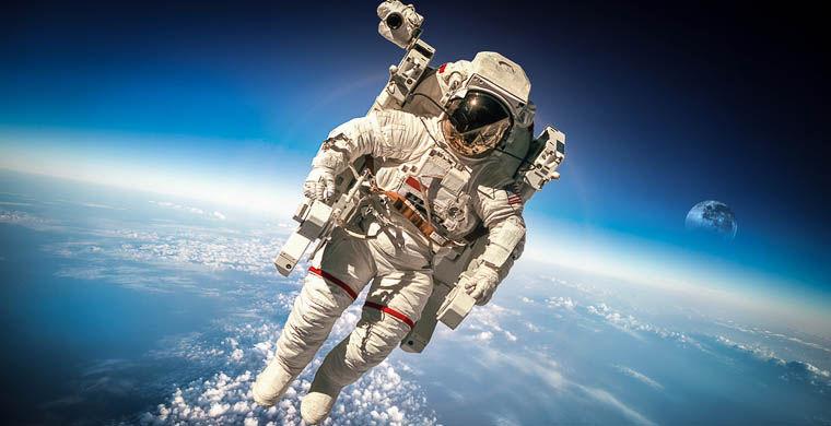 Роскосмос обнародовал сведения о зарплатах космонавтов