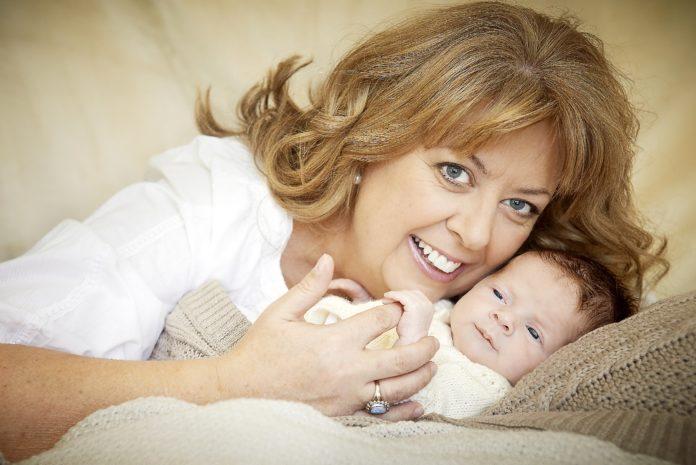 Две россиянки старше 60 лет впервые стали мамами
