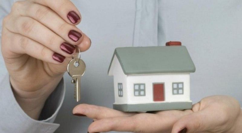 Жительница Ртищева несколько лет не может получить положенную ей квартиру