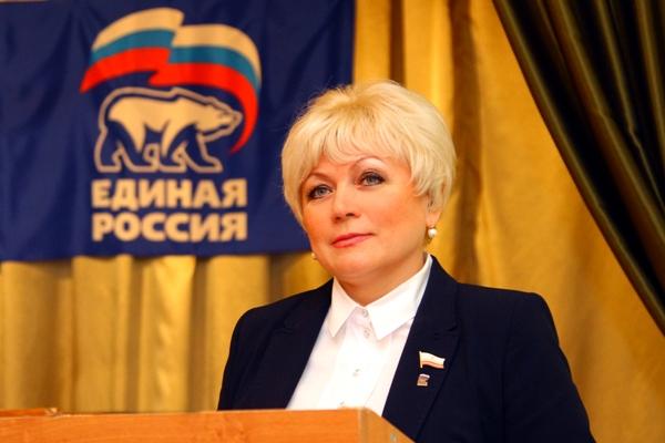 Светлана Макогон считает необходимым обновление партии