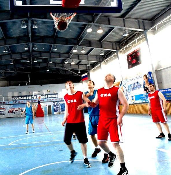 В баскетбольном первенстве Ртищева определились финалисты