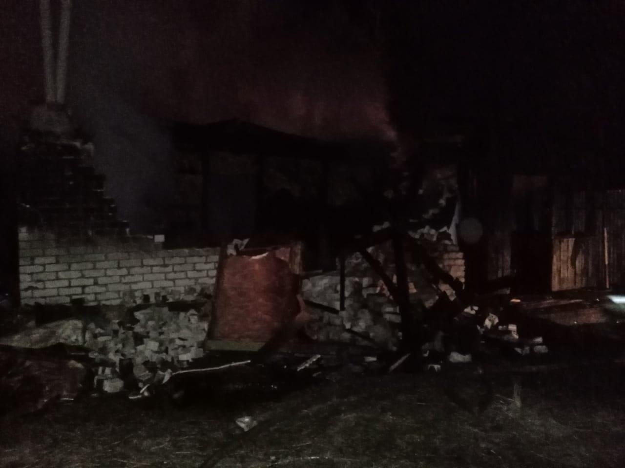 Дети спасли пьяных родителей, а сами погибли на пожаре