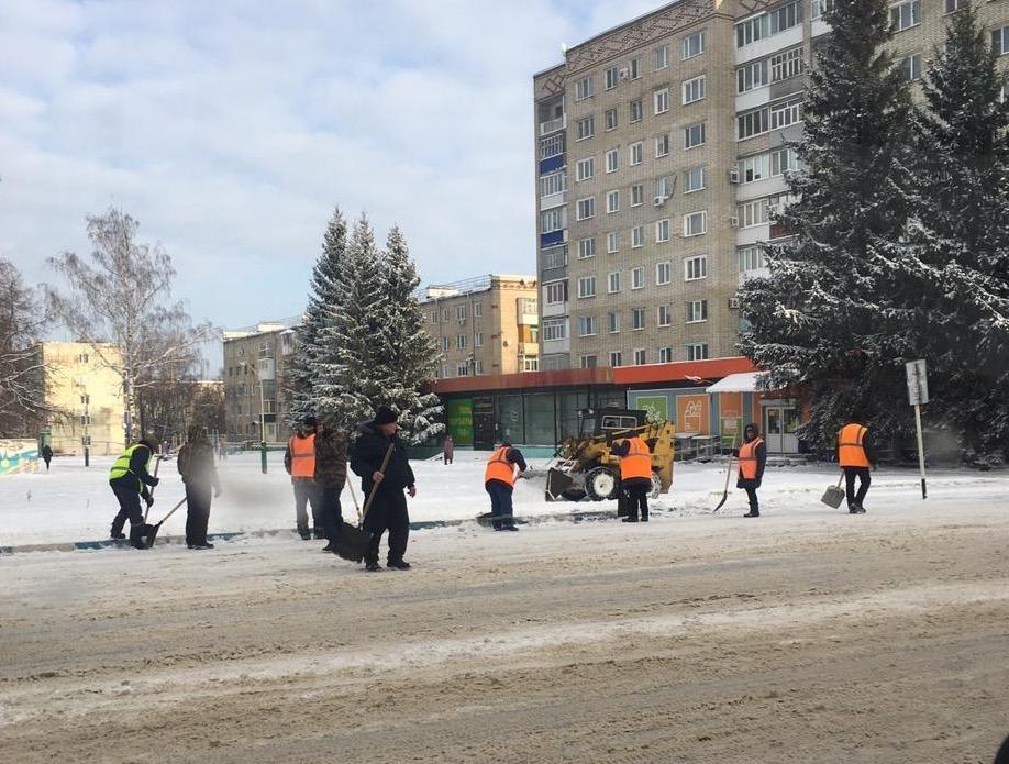 В Ртищеве расчистили улицы после первого снегопада
