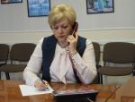Глава района и прокурор пообщались с жителями по телефону