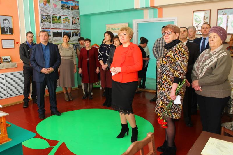 Открылась музейная комната в поселке Ртищевский