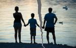 Суд лишил отца родительских прав