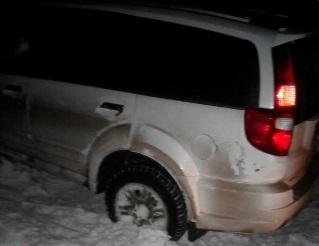 Три машины застряли в снегу в Ртищевском районе