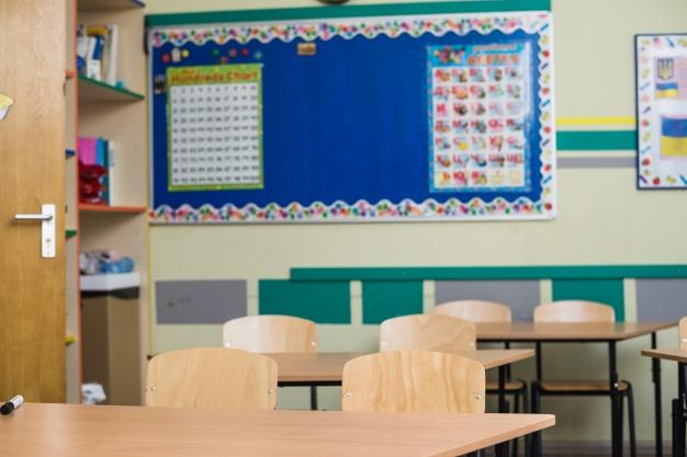 Школьников России отправили на 3-недельные каникулы