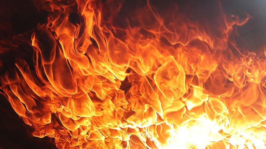 На пожаре в Аркадаке спасли ребенка