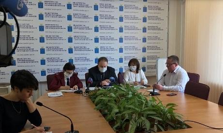 """Почти у 50 саратовцев """"сомнительный"""" результат анализа на коронавирус"""