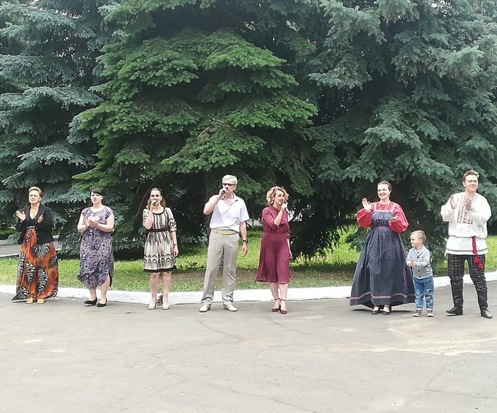 Ртищевских медиков поздравили с профессиональным праздником