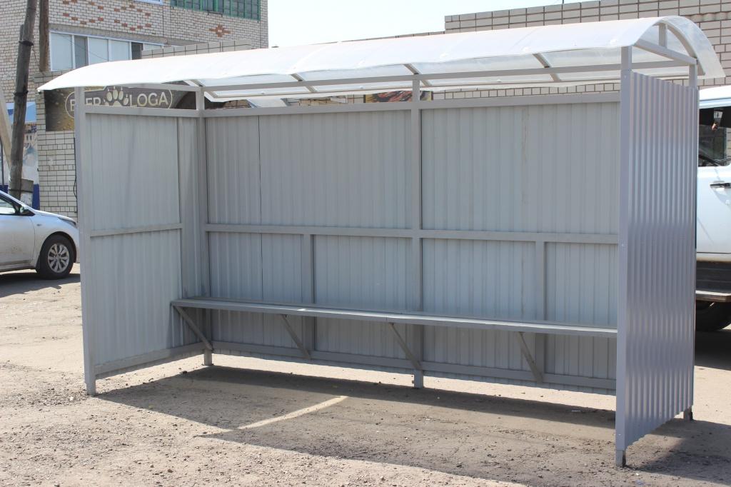 В Ртищеве установили новые автобусные павильоны