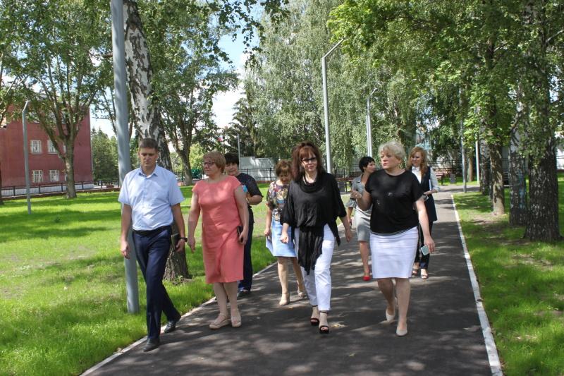 Депутат облдумы Алла Лосина посетила Ртищево