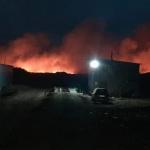 Роспотребнадзор взял пробы воздуха в районе горящего полигона отходов